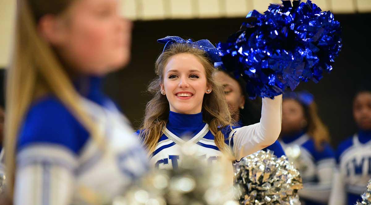 SWIC Cheerleader