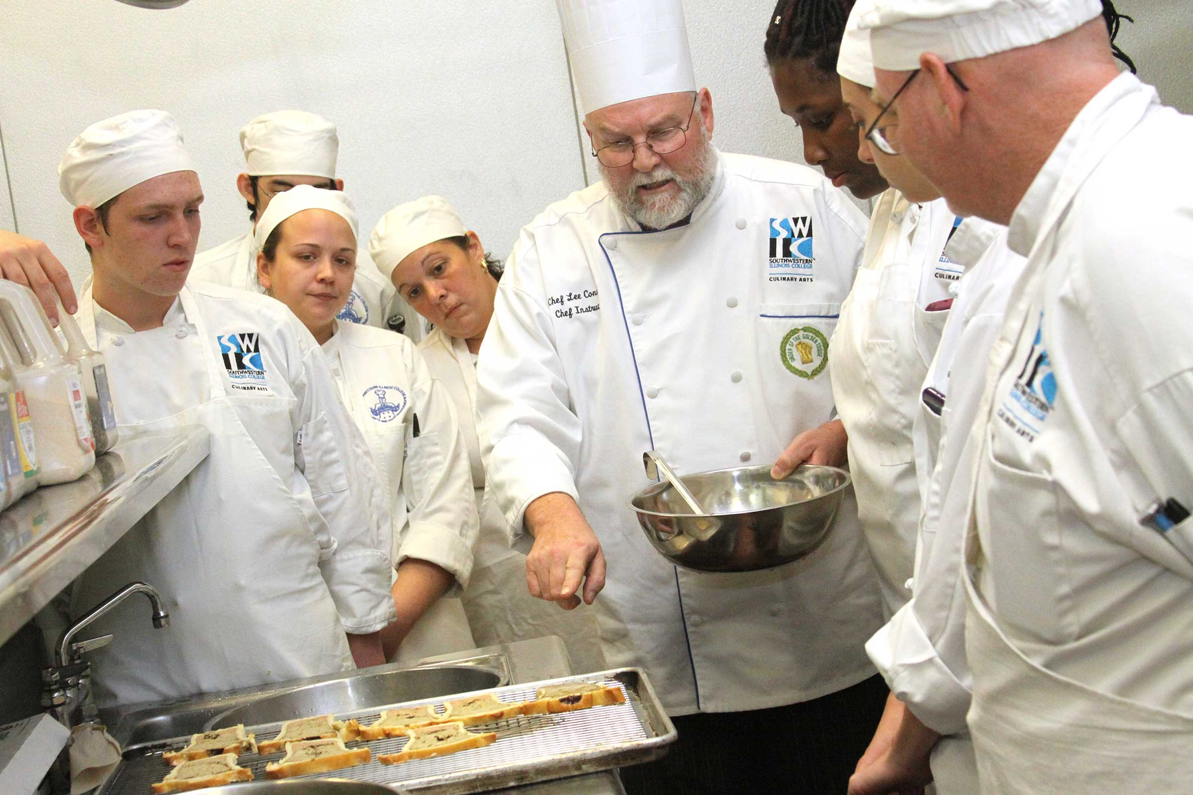 Southwestern Illinois College culinary students