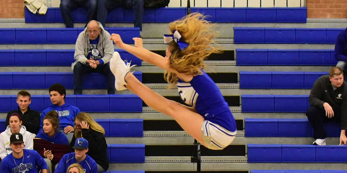 Cheerleading Southwestern Illinois College