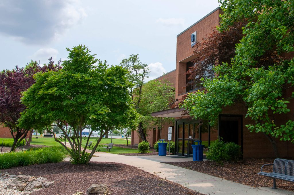 Profile photo of the Main Complex B Entrance on the Belleville campus.