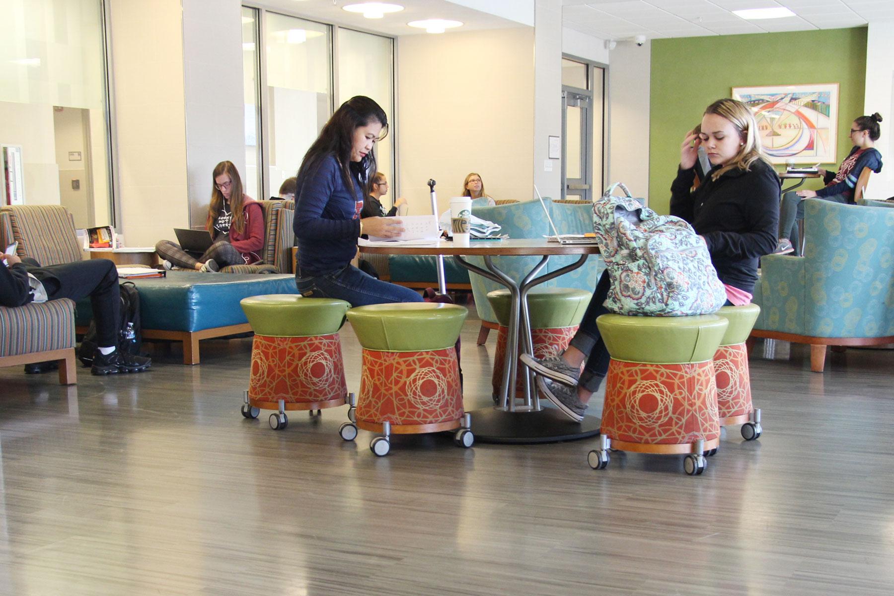 Kamm Student Lounge